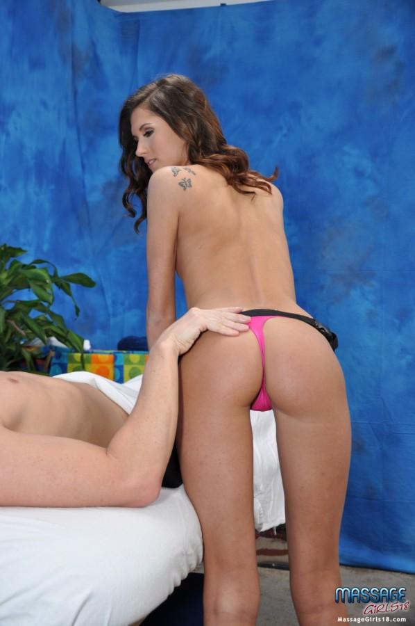 Presley Dawson   Massage Girls 18