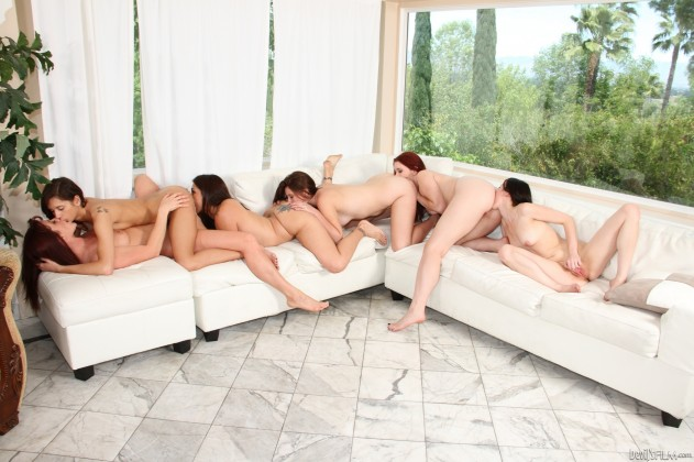 Presley Dawson, Veronica Radke, Raylene, Cici Rhodes, Melody Jordan, Shae Snow   The Seduction Of Raylene
